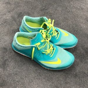 Nike Women's FS Lite Run 2